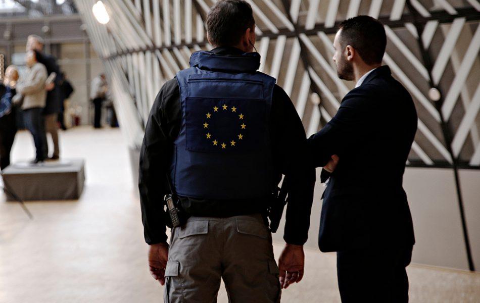 L'armement des agents de sécurité chez nos voisins européens