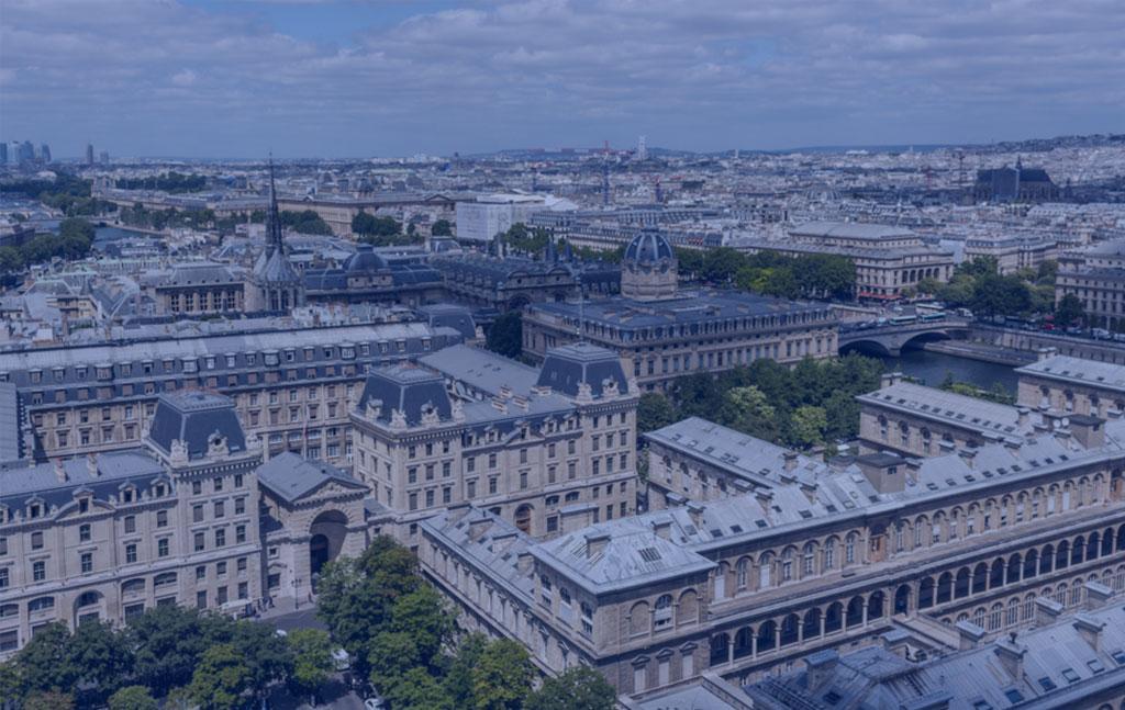 vue aérienne de l'hôtel dieu à paris