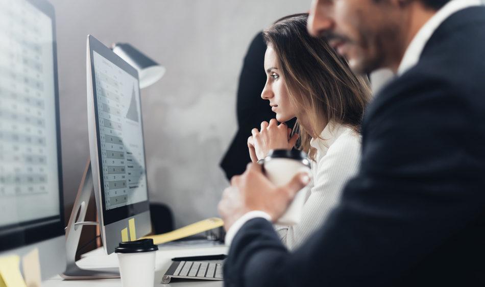 Rémunération, parcours et féminisation : les chiffres 2021 des métiers de la sécurité en entreprise