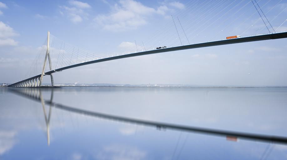 Le pont de Normandie en France